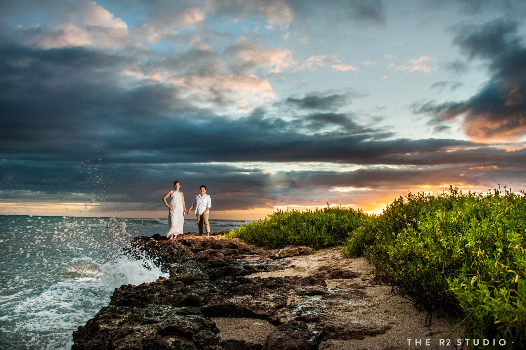hawaii beach wedding oahu