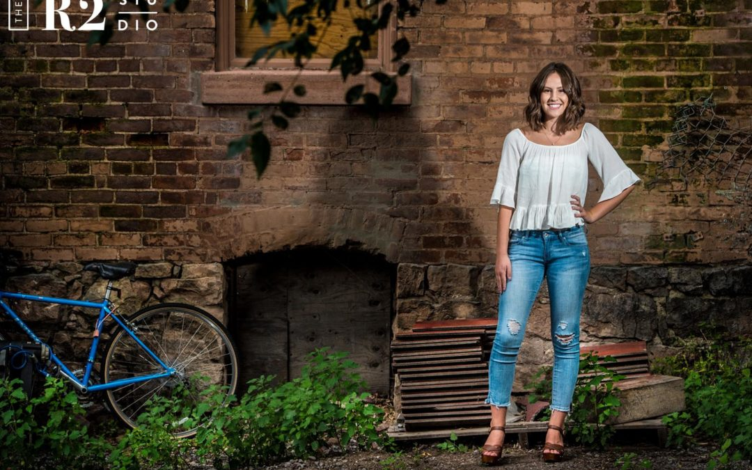 flagstaff senior portraits in downtown flagstaff by the r2 studio